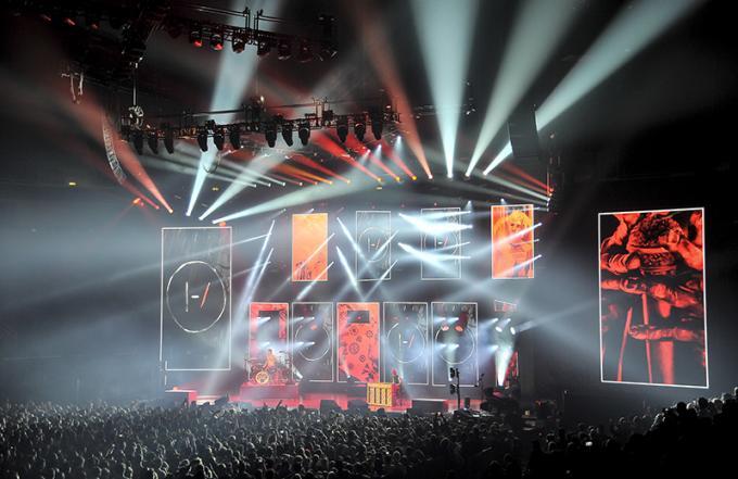 The Roadshow Tour: Bethel Music & Unspoken at Budweiser Events Center